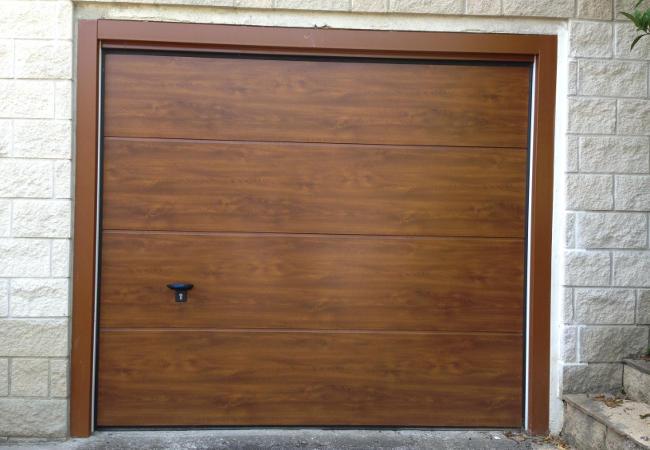 Porton garaje materiales de construcci n para la reparaci n - Mecanismo puerta garaje ...